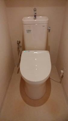 便器・タンク・便座・給水管・止水栓・排水管 東京都 足立