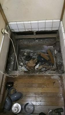 便器・タンク・便座・床・壁・給水管・止水栓 東京都江戸川