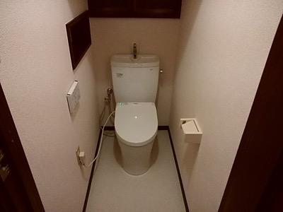 便器・タンク・床・壁・アクセサリー(手すり・ペーパーホルダーなど) 東京都多摩:施工後写真